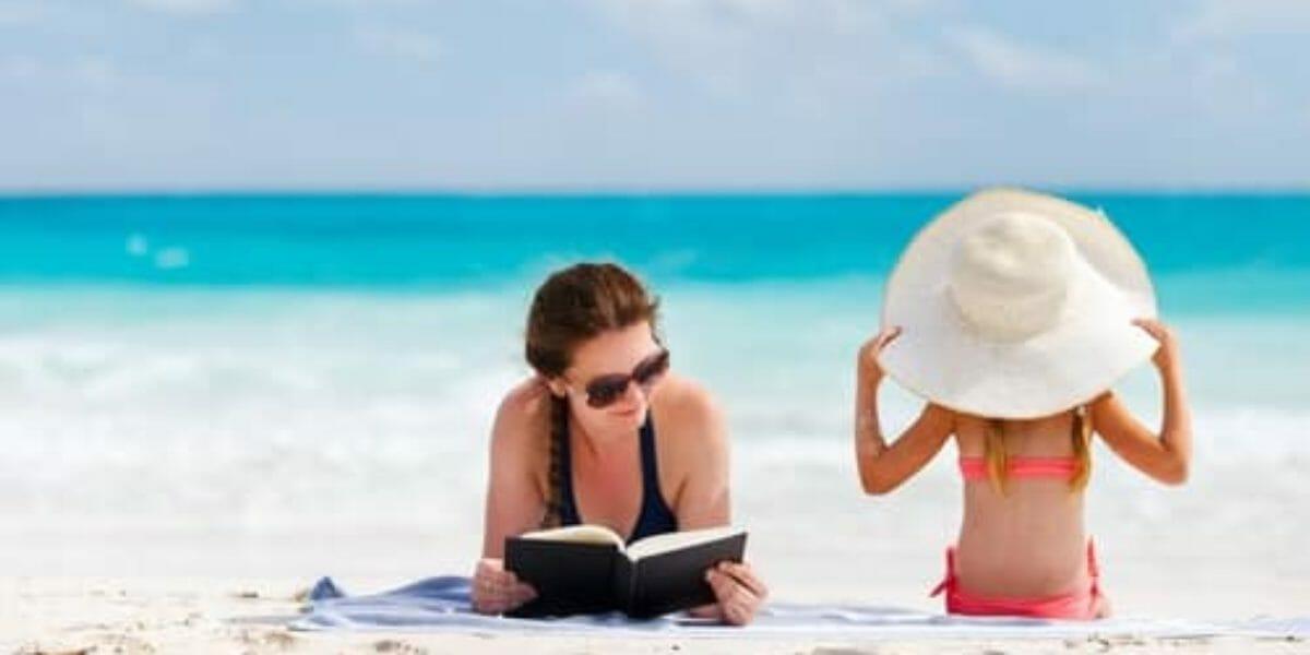 5 livres de blogueuses parentales à lire à la plage