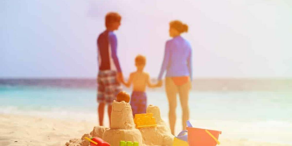A la plage avec des enfants