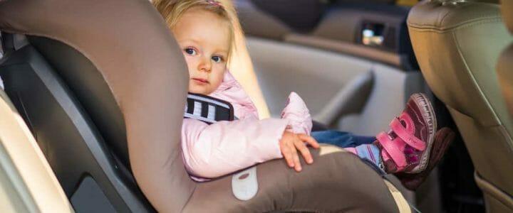 sécurité des enfants en voiture : les erreurs à éviter