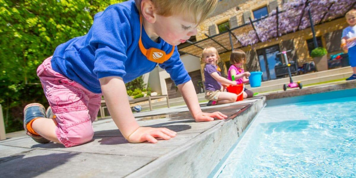 No Stress : bracelet anti noyade pour enfant