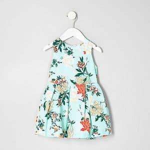 look de printemps fille : Robe de gala fleurie