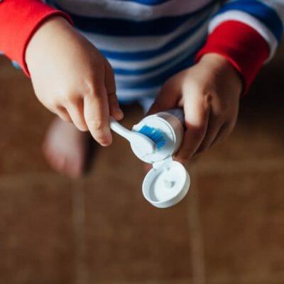 Comment aider nos enfants à se brosser les dents