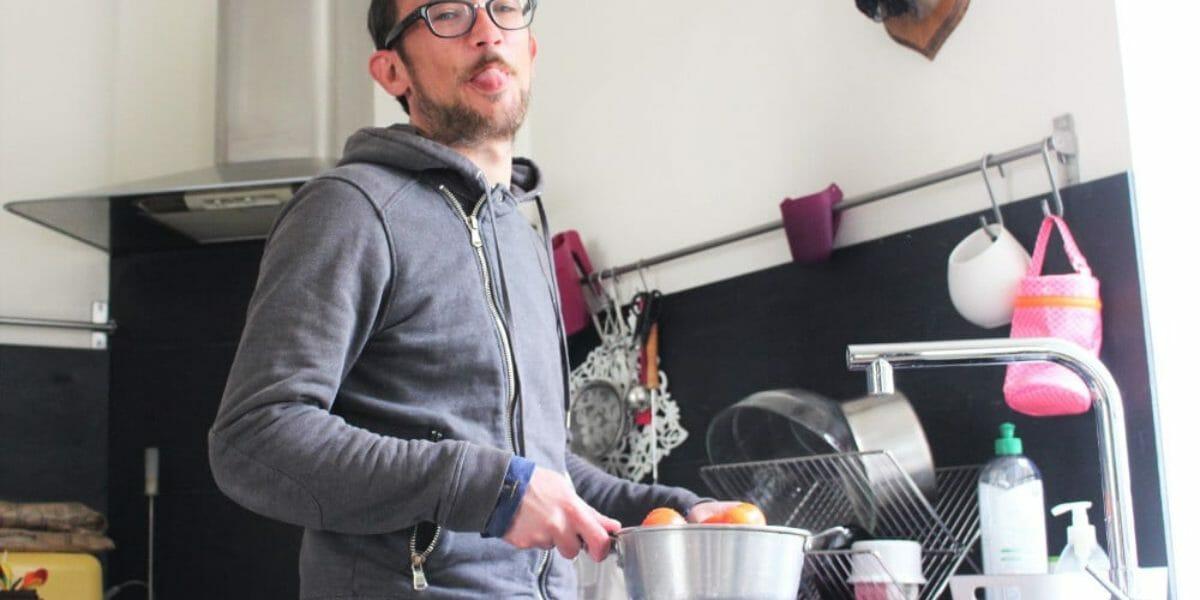 Partage des tâches ménagères et égalité des sexes
