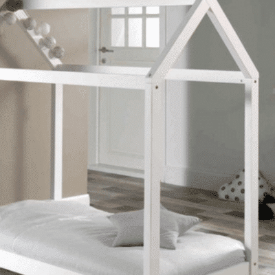 chambre enfant lit cabane Montessori blanc