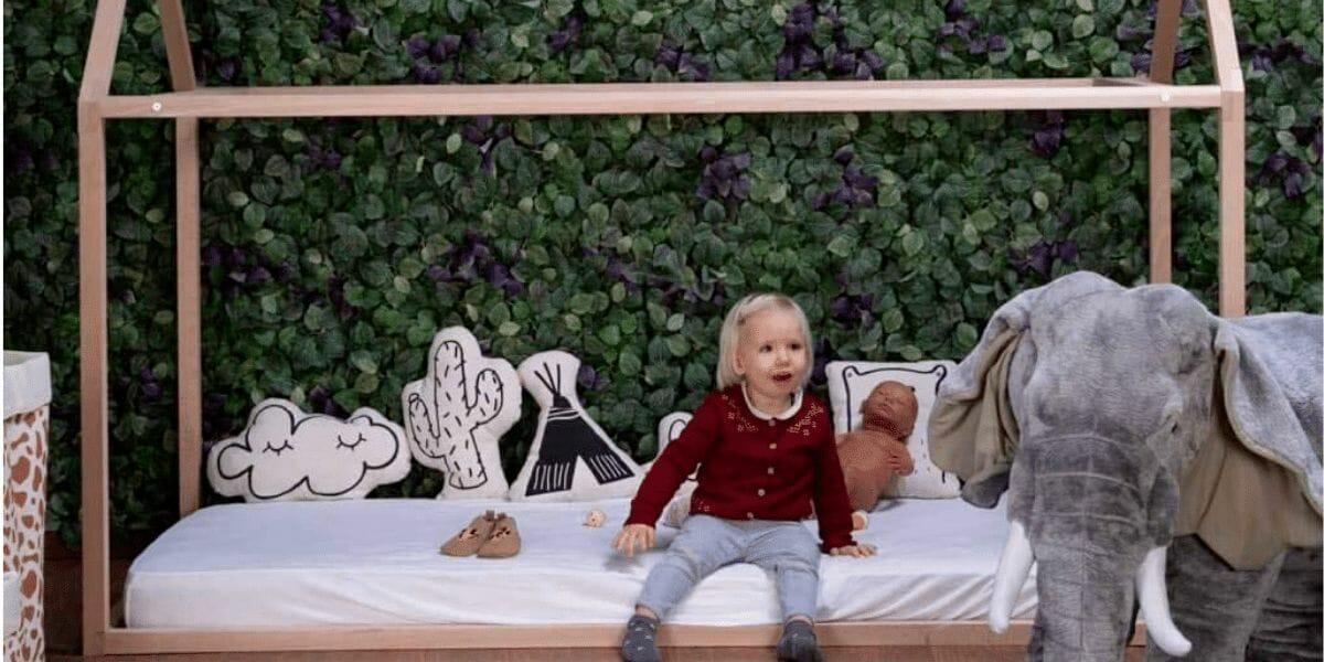 enfant lit cabane Montessori Childhome