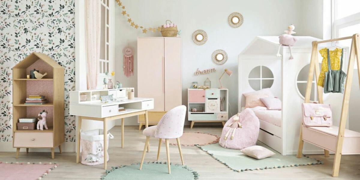 chambre enfant lit cabane blanc Montessori