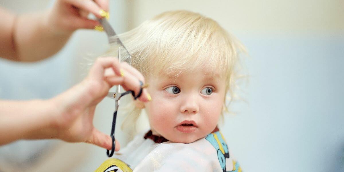 convaincre-votre-enfant-aller-chez-le-coiffeur