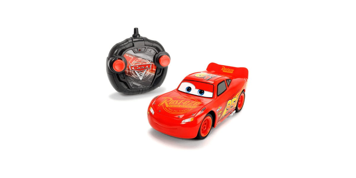 voiture télécommandée avec volant cars 3 marque Disney