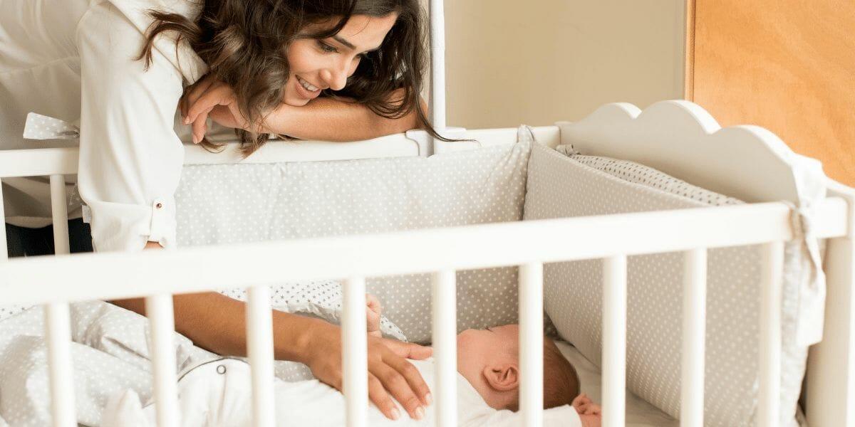aider-bebe-a-dormir-dans-sa-chambre