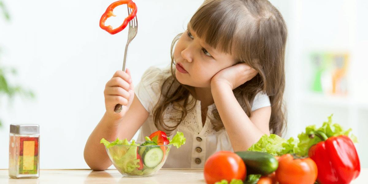 bebe-enfant-ne-veut-pas-manger-neophobie-alimentaire
