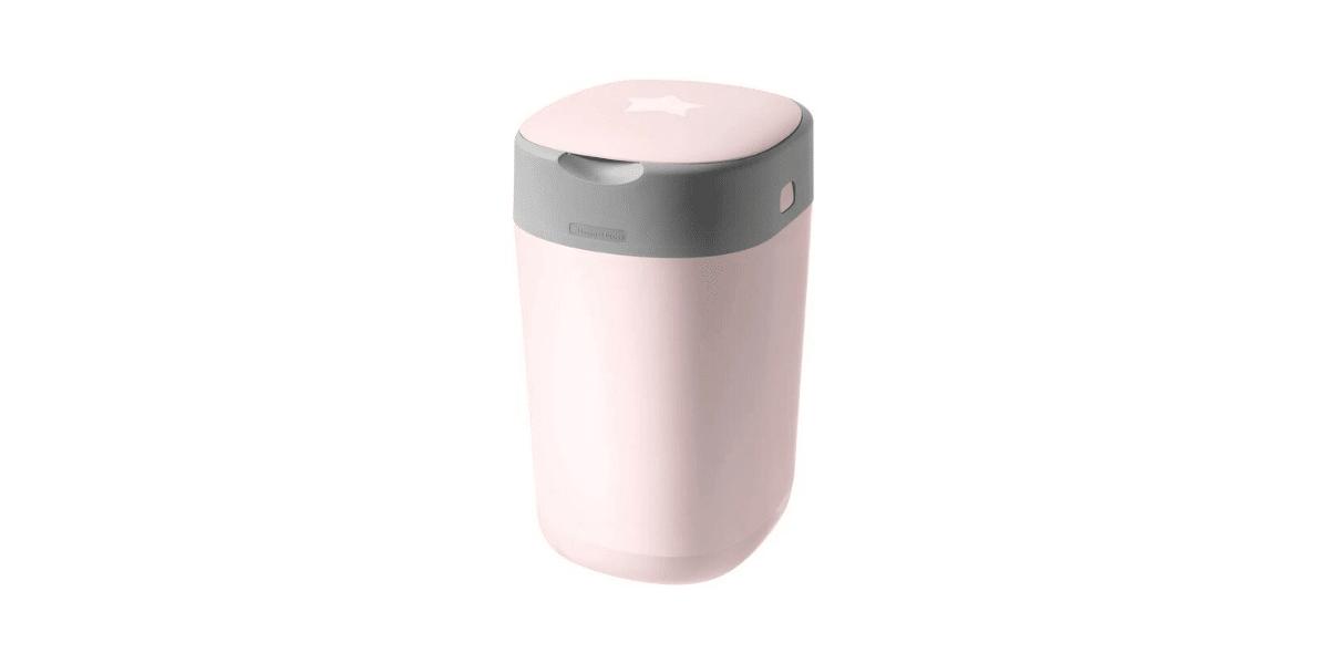 poubelle couches rose avec un peu de gris