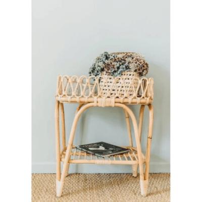 table de nuit en rotin marque Saudara Collection