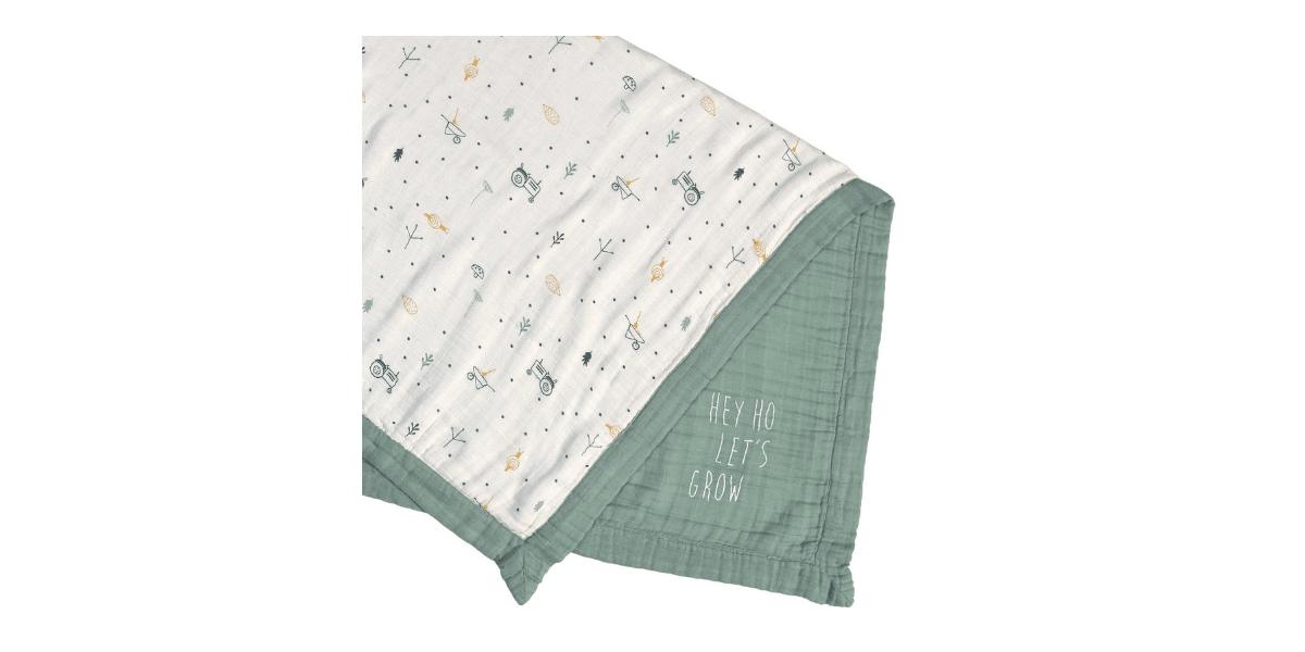 couverture verte bébé marque Lassig