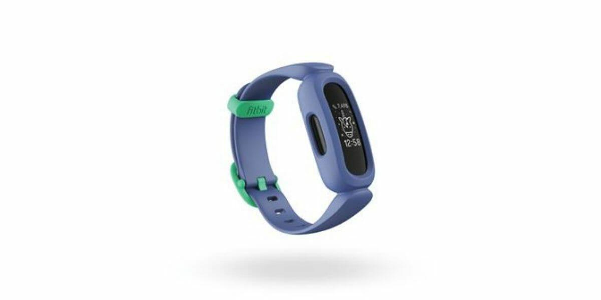 Montre-connectee-enfant-Fitbit-Ace3